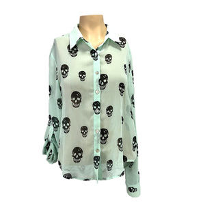 About A Girl Green & Black Skull Halloween Top M
